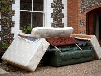 Изхвърляне на мека мебел и холна секция Бургас